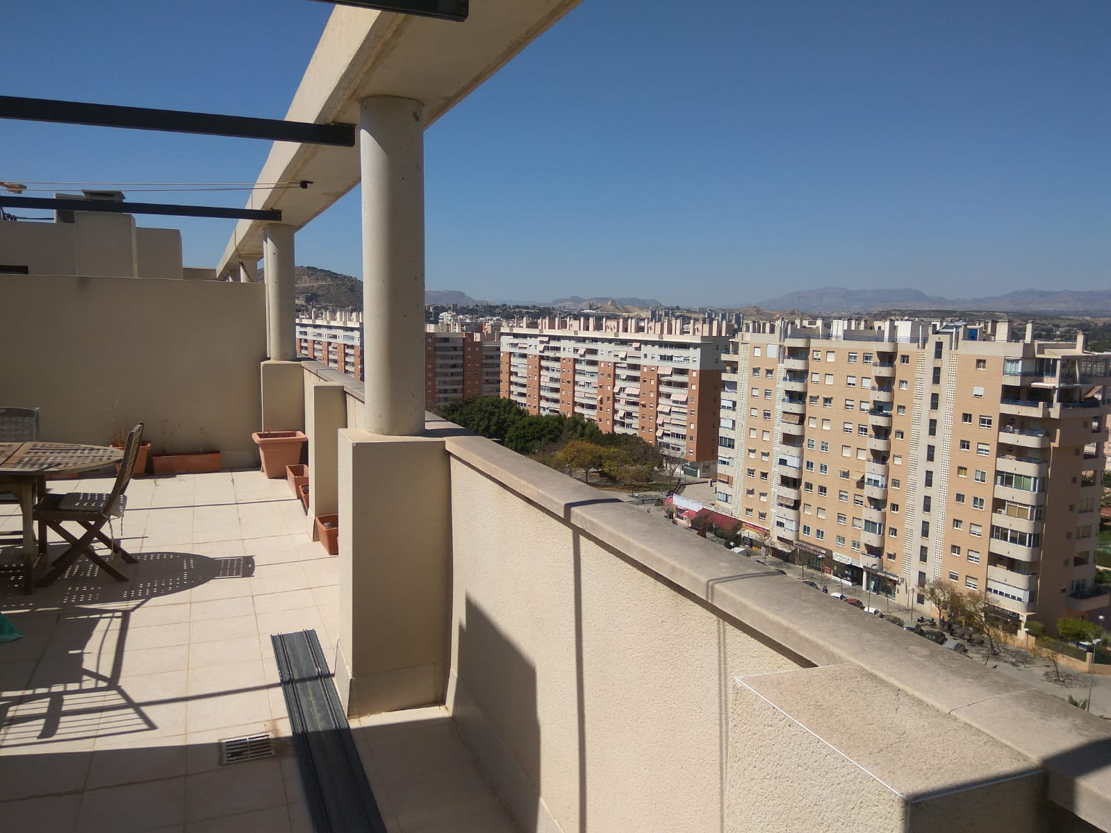 Excellent Duplex Apartment With a Roof Terrace in Miriam Blasco, San Juan Playa