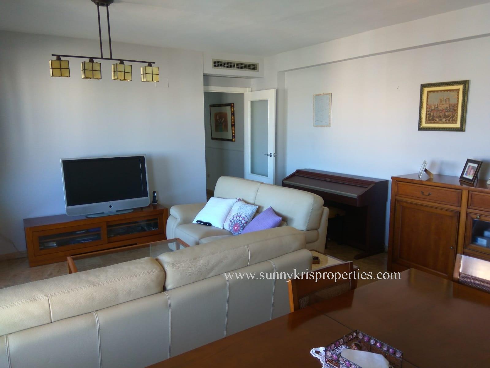 Excellent Duplex Apartment With a Roof Terrace in Miriam Blasco, San Juan Playa