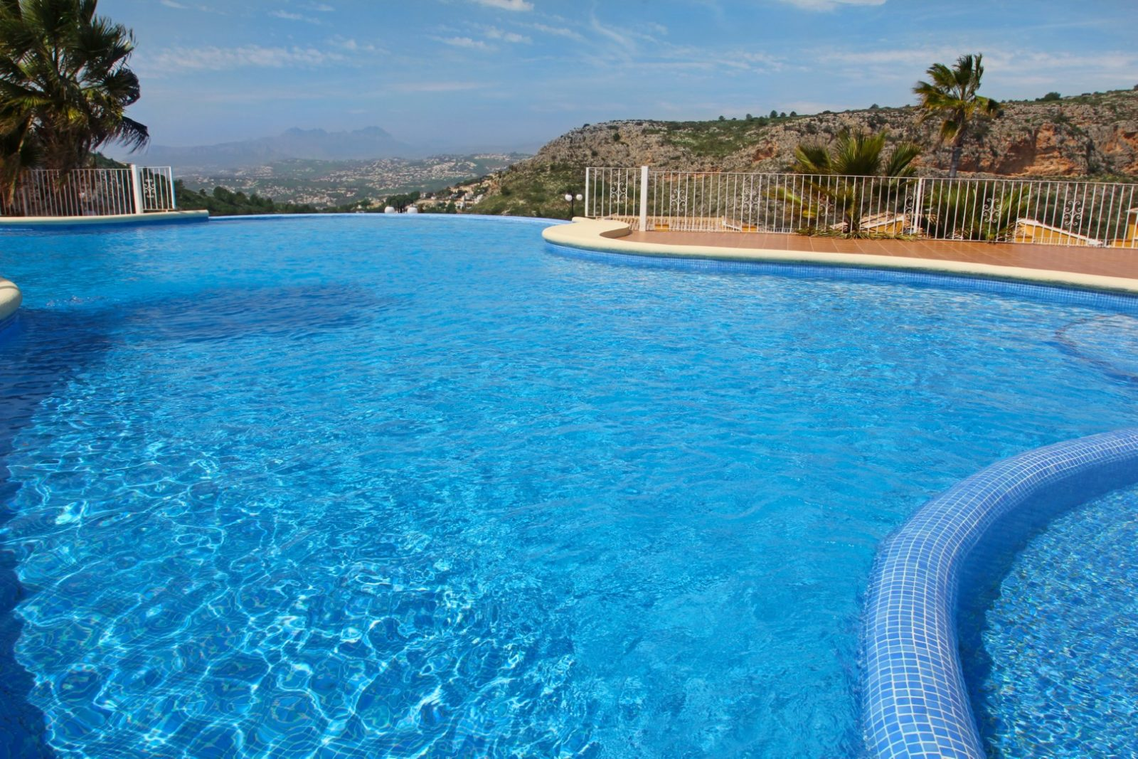 New Build Modern Apartment With a Sea View in Cumbre Del Sol, Moraira