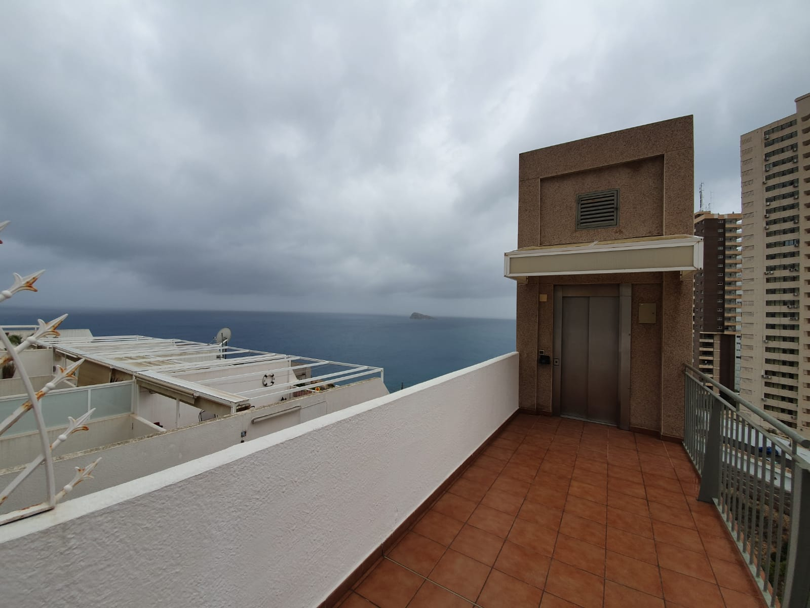 Excellent First Line Duplex with the Sea Views in Benidorm