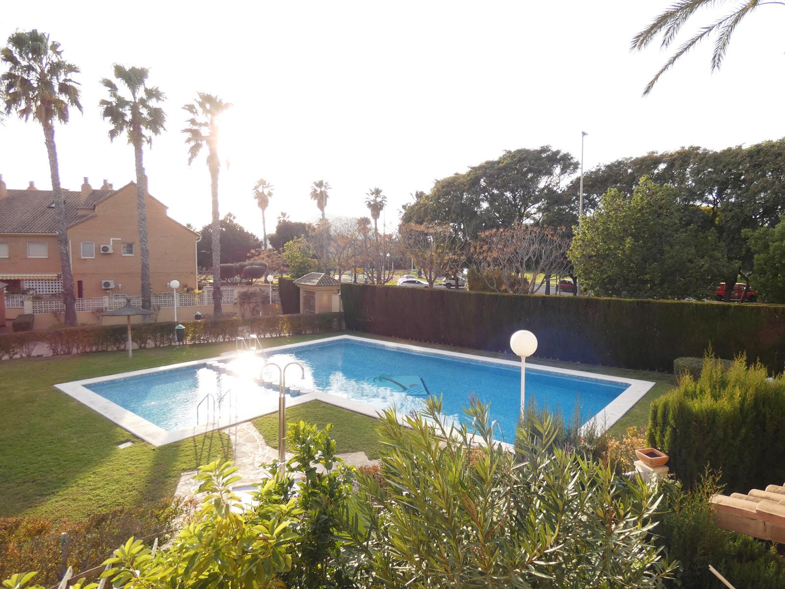 Excellent Bungalow in Golf, Alicante