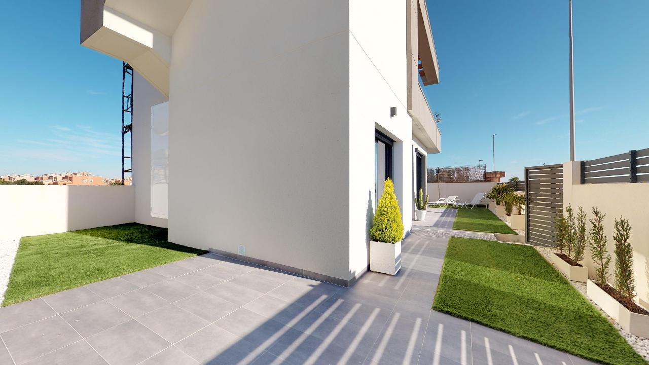 Elegant Detached Villas in La Herrada, Los Montesinos